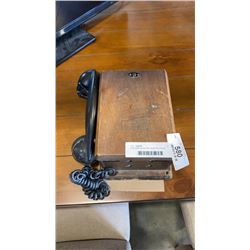 NORTHERN ELECTRIC MADE IN CANADA  ANTIQUE WALL PHONE