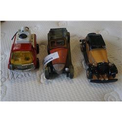 VINTAGE WOOD AND METAL CARS, TONKA TRUCK - ONE CAR AS IS
