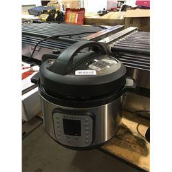 Instant Pot Multicooker