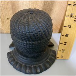 ANTIQUE CAST BEEHIVE STYLE STRING HOLDER