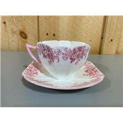 SHELLEY PINK FLOWERED TEA CUP