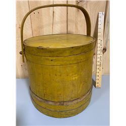 ANTIQUE COVERED WOOD BUCKET