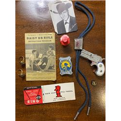 CHILDREN'S 1960'S COLLECTIBLE 'WESTERN' LOT
