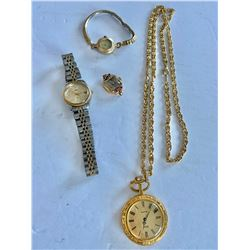 LOT OF WATCHES INCLUDING TIMEX & BULOVA