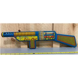 TOY TIN GUN USED ON A CBC 1950's TV SHOW