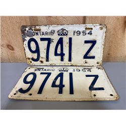 PAIR OF 1954 ONTARIO LICENCE PLATES