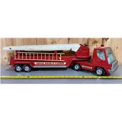 NYLINT FIRE TRUCK - ARTICULATING WITH LADDER & HOSE