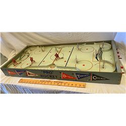 "ORIGINAL 6 ""PRO"" HOCKEY GAME COMPLETE WITH MEN & NETS"