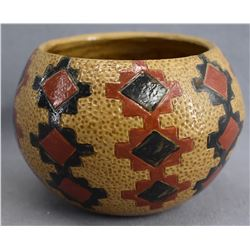 NAVAJO INDIAN POTTERY BOWL (LORAINE WILLIAMS)