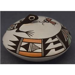 ACOMA INDIAN POTTERY SEED JAR (CAROLYNE CONCHO)