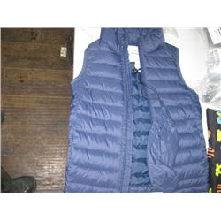 AMAZON BASIC SZ 4/5 BOYS VEST
