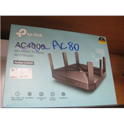 TP LINK AC80 NOT AS PICTURED ON BOX