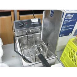 FOSTER COUNTERTOP ELECTRIC DEEP FRYER