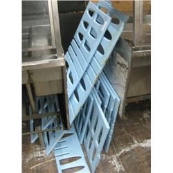BLUE PASTIC FOOD CART HOLDING RACK