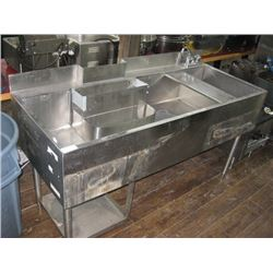 HALBAR STAINLESS 5 FT INSULATED COCKTAIL SINK