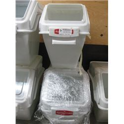 2 COUNTERTOP RUBBERMAID INGREDIENT BINS MISSING 1 LIDS