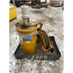"FT.MAC: 24"" x 36"" SPILL TRAY C/W AIR OPERATED"
