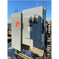 FT.MAC: TEMPORARY POWER PANEL C/W TWO 600 VOLT,