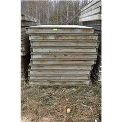 STURG.CNTY: LOT OF 11 PARTITION WALLS, 4' X 8' X 4""