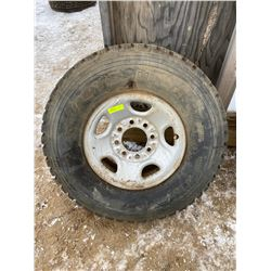 FT.MAC: TOYO M-55 TIRE AND FORD RIM LT265/75R16