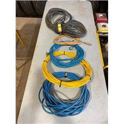 FT.MAC: LOT OF 5 ASSORTED EXTENSION CORDS