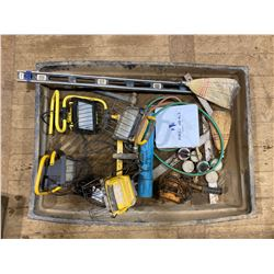 "FT.MAC: 32"" x 42"" SPILL TRAY & ASSORTED TOOLS"