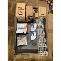 FT.MAC: 4FT x6FT SPILL TRAY WITH ASSORTED NEW LIGHT