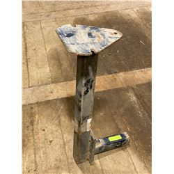 "FT.MAC: 2"" RECEIVER MOUNT VICE STAND"