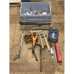 FT.MAC: TOTE OF ASSORTED HAND TOOLS