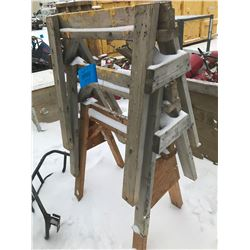 FT.MAC: ASSORTED WOODEN SAW HORSES, VARIOUS SIZES
