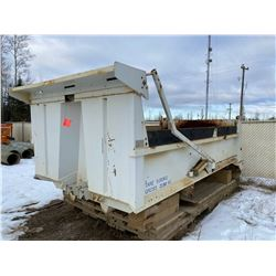 FT.MAC: 15FT GRAVEL BOX WITH AIR OPERATED TARP