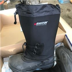 SH. PARK: PAIR OF BAFFIN VANGUARD SIZE 10 WINTER