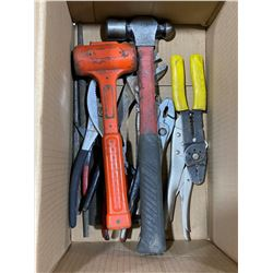 SH. PARK: BOX OF ASSORTED HAND TOOLS