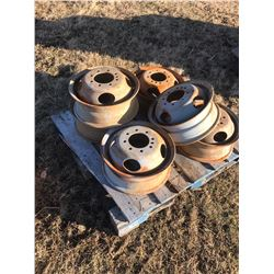 STURG.CNTY: LOT OF 6 - 1 TON TRUCK RIMS