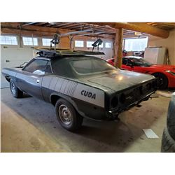 STURG.CNTY: 1974 BARRACUDA PROJECT CAR: INCLUDES ALL PARTS AND INTERIOR