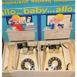 jouet vieux de téléphones en sa boite - 2 - telephones old toy in box