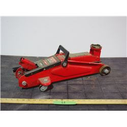 Motomaster 2Ton Hydraulic Floor Jack (Working)