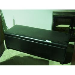 """Covered Storage Bench 51 by 19 by 17.5"""" T"""