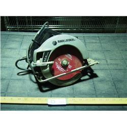 """Black and Decker 7.25"""" Saw (working)"""