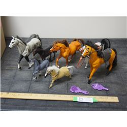 Lot of Smaller Horse Figurines, Plus Diamond Keepers Accessories