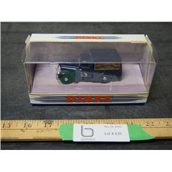 Matchbox Dink Collection 1948 Comer 8 CWTVan 1990 1/43 Scale Toy Can