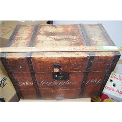 Pine Square Nailed Trunk 1881 - Forged Handles
