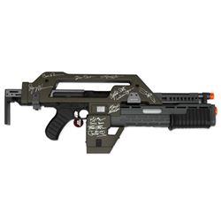 Aliens Cast Signed M41A Pulse Rifle -- Celeb Authentics