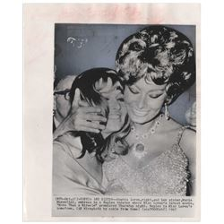 Sophia Loren 8x10 Press Wire Photo from 1967