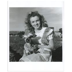 "Original 8"" x 10"" Photograph of Marilyn Monroe Taken by Andre de Dienes in 1945"