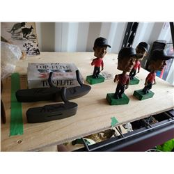 Tiger Woods Bobble Heads Cat A