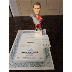 Signed Geordie Howe Bobbleheads Cat A