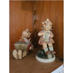 Hummel  Figurines Cat A