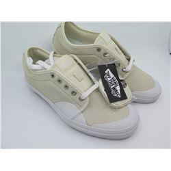 Unused Men's Vans Suede Shoes, Ivory/Lt. Tan, Size 11