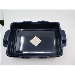 New Wlliams-Sonoma 'Emile Henry' 12 x 8 Baking Dish, Navy $70 Retail